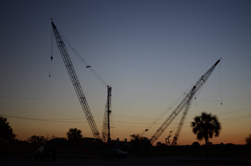 2012.11.10 USA - sunset cranes